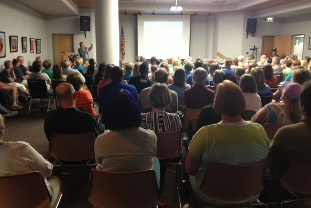 There is a large crowd at the Huntsville/Madison County Library downtown for a workshop on how to cut animal euthanization rates in Huntsville. (Photo: Beth Jett, WHNT News 19)