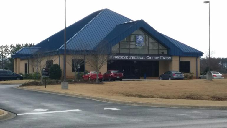Redstone Federal Credit Union's Winchester Road branch. (Photo: David Kumbroch/WHNT News 19)
