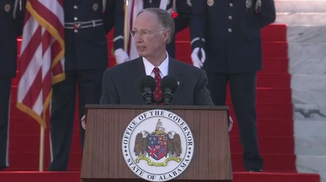 Alabama Governor Robert Bentley addresses the crowd at the State Capitol after he is sworn in to his second term in office. (Jan. 19, 2015)