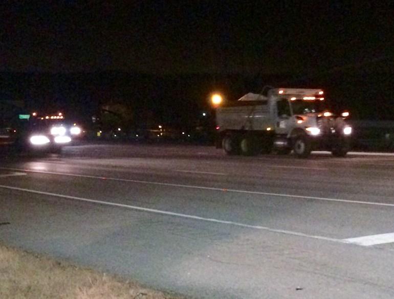 A salt truck treats Shoal Creek Bridge between Killen and Florence (Photo: Alexandra Carter/WHNT News 19)