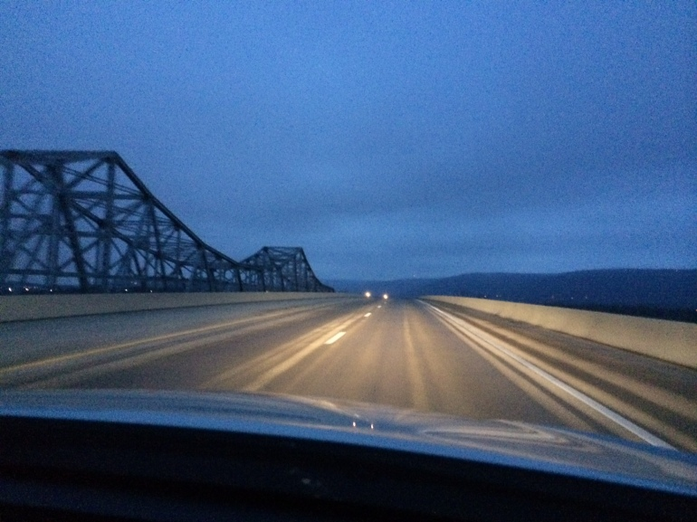 Photo of Hwy. 231 bridge over the Tennessee River (Melissa Riopka/WHNT News 19)