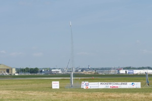 Raytheon Paris Air Show 2015TARC US team launching their rocket (Photo By: AIA and Raytheon)