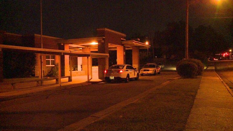 Huntsville Police investigate break-in at Pinnacle Alternative School. (Photo: Jeff Gray/WHNT News 19)