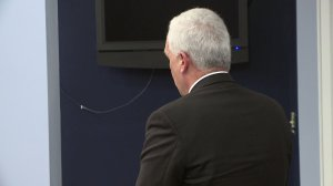 Mark Binner, a Grissom High School parent, addresses the Huntsville Board of Education. (Feb. 18, 2016)