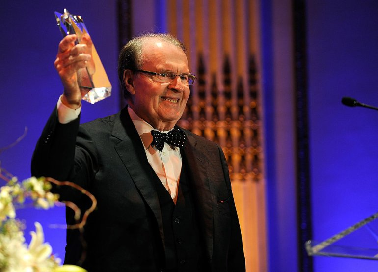 NEW YORK - FEBRUARY 22: *EXCLUSIVE* TV personality Charles Osgood accepts the AMEE Lifetime Achievement Award in Broadcasting at the 2010 AFTRA AMEE Awards at The Grand Ballroom at The Plaza Hotel on February 22, 2010 in New York City. (Photo by Larry Busacca/Getty Images for AFTRA)