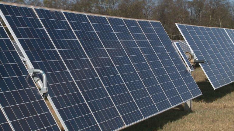 111816-ld-solar-energy-project-630pm-pkg
