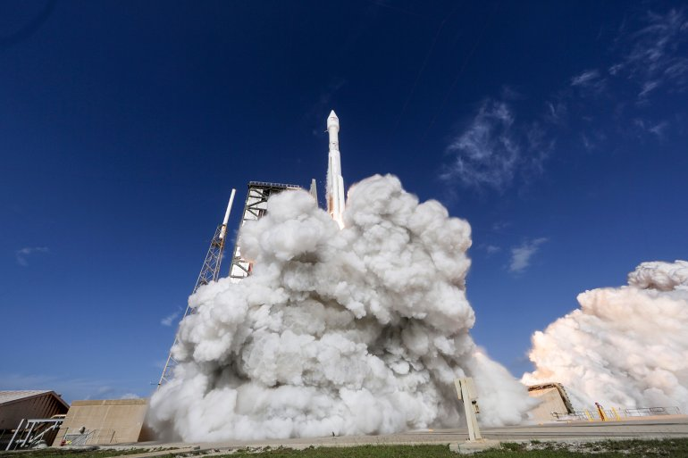 A ULA Atlas V rocket carrying EchoStar XIX satellite lifts off from Space Launch Complex-41. (Photo: ULA)