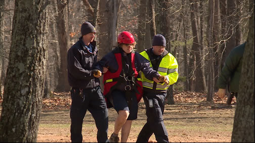 The hiker is brought to safety. (Photo: Jeremy Jackson/WHNT News 19)
