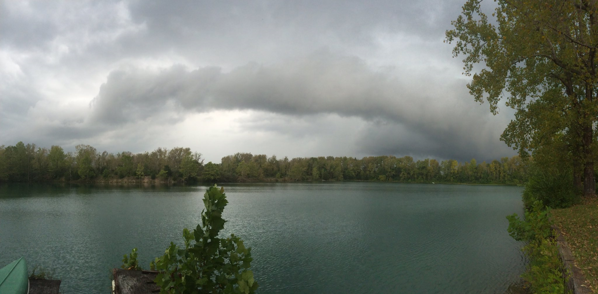 Storm clouds approach Fairland (Shelby Co) Thursday
