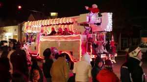 Edmond holiday parade of lights
