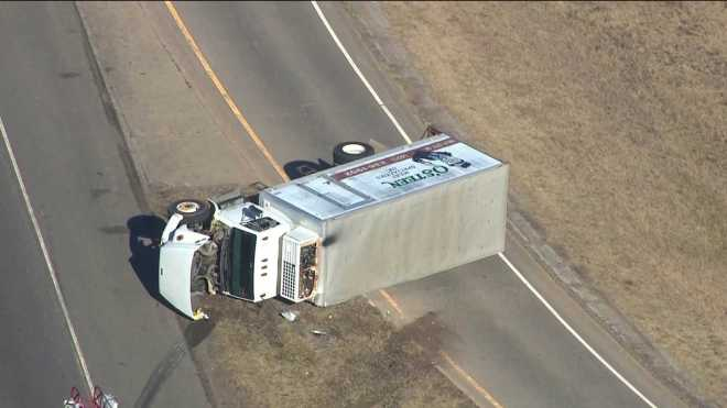Rollover truck accident I 35 indian hills