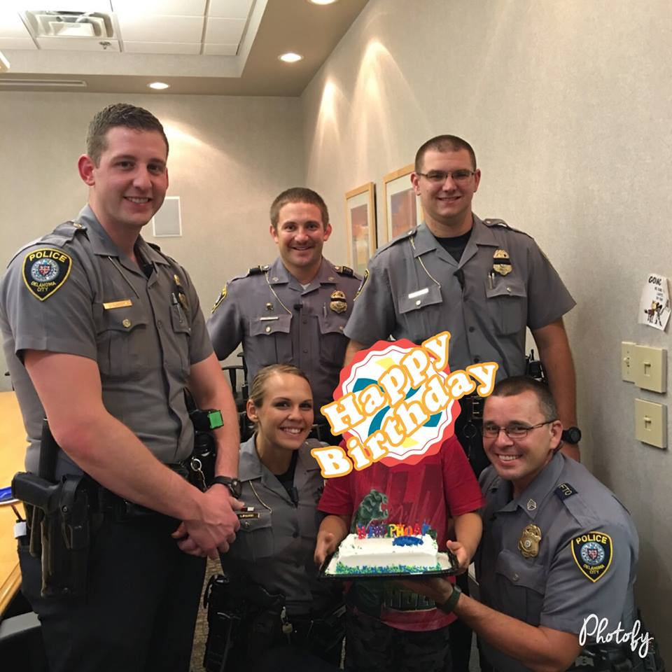 Oklahoma City police officers threw a little boy a birthday party