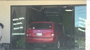 Car crashed into building near Memorial and MacArthur