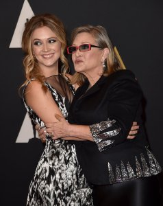 Actresses Carrie Fisher (L) and Billie Catherine Lourd attend the Academy of Motion Picture Arts and Sciences' 7th annual Governors Awards at The Ray Dolby Ballroom at Hollywood & Highland Center on November 14, 2015 in Hollywood, California. (Photo by Kevin Winter/Getty Images)