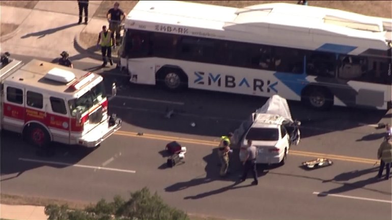 Embark bus accident on NW 23rd between Portland and Meridian