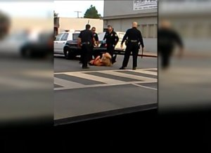 Raw: Long Beach Police Accused of Excessive Force in Man's Arrest