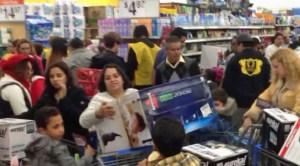 Walmart-Shoppers