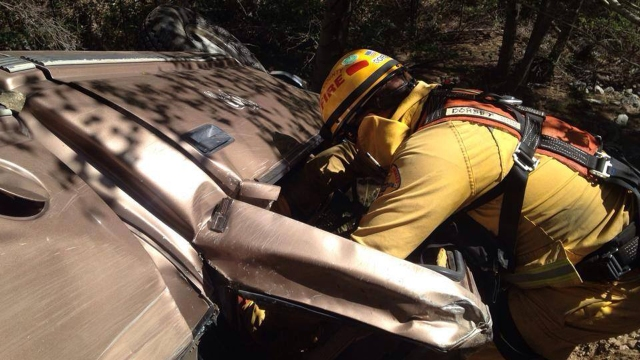 santa-clarita-valley-fire-overturned-car