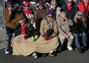 Spectators were bundled up to watch the 2011 Rose Parade. (Credit: Frederick M. Brown/Getty Images)