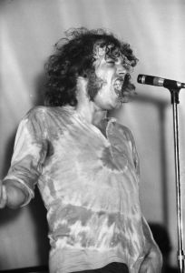 Sheffield-born soul rock singer Joe Cocker seen on stage and midsong at the Isle of Wight Festival on Sept. 11, 1969. (Credit: Central Press/Getty Images)