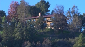 The Isoms lived in this home, neighbors said. The couple was stabbed on Dec. 26, 2014. (Credit: KTLA)