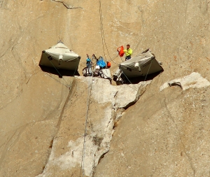 Tommy Caldwell is seen setting up base camp on the Dawn Wall on Dec. 28, 2014. (Credit: Tom Evans / elcapreport.com)