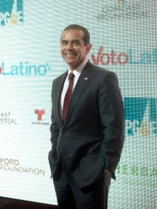 """Antonio Villaraigosa attends the """"Cesar Chavez"""" premiere at The Newseum on March 18, 2014 in Washington, DC. (Credit: Kris Connor/Getty Images)"""
