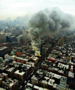 Smoke towered above the East Village after the explosion on March 26, 2015. (Credit: @NYPDSpecialops via Twitter)