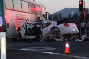 A tour bus collided with a tour bus in Bloomington on Sunday, April 5, 2015. (Credit: Jorge Campos)