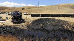 The oil pipeline rupture at Refugio State Beach may have spilled as much as 105,000 gallons of crude, authorities said. (Credit: Al Seib / Los Angeles Times)