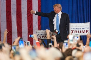Republican presidential candidate Donald Trump addresses supporters during a campaign rally at the Greater Columbus Convention Center on Nov. 23, 2015, in Columbus, Ohio. (Credit: Ty Wright/Getty Images)