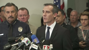 Mayor Eric Garcetti and LAPD Chief Charlie Beck addressed the media amid a threat that prompted the closure of all LAUSD schools on Dec. 15, 2015. (Credit: KTLA)