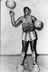 A portrait of American basketball player Meadowlark Lemon of the Harlem Globetrotters balancing a basketball on his finger on May 15, 1968, is pictured. (Credit: Express Newspapers/Getty Images)