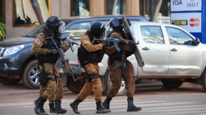 Special police forces are seen during search operations following an attack by Al-Qaeda linked gunmen on January 16, 2016 in Ouagadougou. (Credit: AHMED OUOBA/AFP/Getty Images)