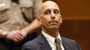 Bruce Lisker is seen in court in 2009. He spent 26 years in prison after being wrongfully convicted of stabbing his mother to death. (Credit: Luis Sinco / Los Angeles Times)