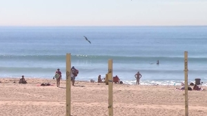 A sunny day at Manhattan Beach is pictured on Feb. 9, 2016. (Credit: KTLA)
