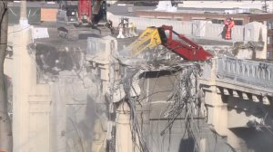 The planned demolition of the Sixth Street Bridge in downtown Los Angeles continued on Feb. 6, 2016. (Credit: KTLA)