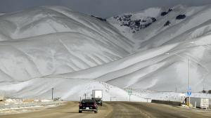 The 5 Freeway in the Grapevine near Gorman reopened Feb. 1, 2016, after the California Highway Patrol closed it because of low visibility and icy road conditions. (Credit: Al Seib / Los Angeles Times)