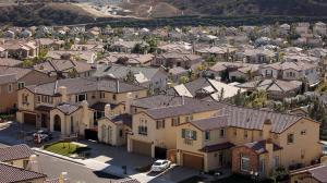 The Southern California Gas Co.'s leaking well forced thousands of residents in and near Porter Ranch to temporarily relocate. (Credit: Al Seib/Los Angeles Times)