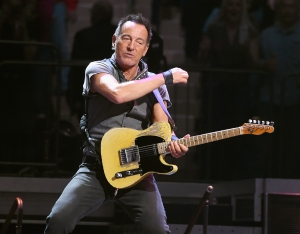 Bruce Springsteen performs onstage at Madison Square Garden on March 28, 2016 in New York City. (Credit: Jamie McCarthy/Getty Images)