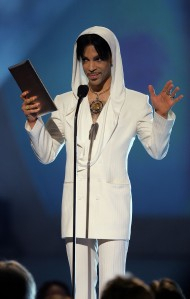 "Musician Prince presents the award for ""Favorite Leading Lady"" onstage during the 31st Annual People's Choice Awards at the Pasadena Civic Auditorium on Jan. 9, 2005. (Credit: Frank Micelotta/Getty Images)"