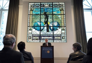 Mike Pride, administrator of The Pulitzer Prizes, announces the 2016 Pulitzer Prize winners at Columbia University in New York on April 18, 2016. (Credit: JEWEL SAMAD/AFP/Getty Images)