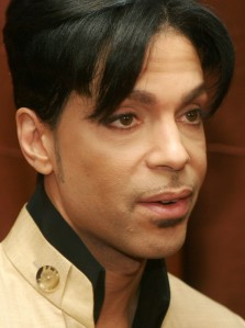 """Musician Prince speaks at a media conference for the release of his new video, """"Te Amo Corazon"""" at the Regent Beverly Wilshire Hotel on December 13, 2005 in Beverly Hills. (Credit: Matthew Simmons/Getty Images)"""