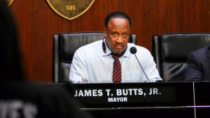 Inglewood Mayor James T. Butts leads a City Council meeting in April. (Credit: Marcus Yam/Los Angeles Times)