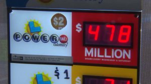 The Powerball jackpot climbed to $478 million ahead of the drawing on July 30, 2016. (Credit: KTLA)
