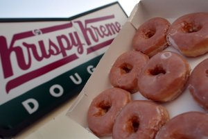 Glazed Krispy Kreme doughnuts are seen May 17, 2004 in Miami, Florida. (Credit: Joe Raedle/Getty Images)