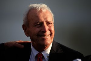 Arnold Palmer looks on during the trophy ceremony of the Arnold Palmer Invitational on March 20, 2016, in Orlando, Florida. (Credit: Chris Trotman/Getty Images)