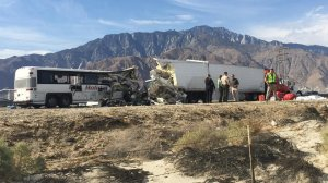 A bus struck the rear of a tractor trailer in Desert Hot Springs on 10 Freeway in Oct. 23, 2016. (Credit: Gina Ferazzi / Los Angeles Times)