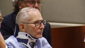 Robert Durst appeared in court on Nov. 7, 2016 wearing a neck brace. (Credit: pool)