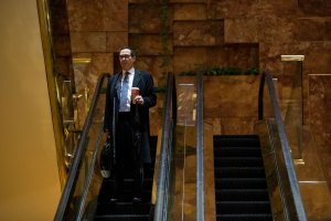 Steven Mnuchin, finance chairman for the Trump campaign, arrives at Trump Tower, Nov. 15, 2016, in New York City. (Credit: Drew Angerer/Getty Images)
